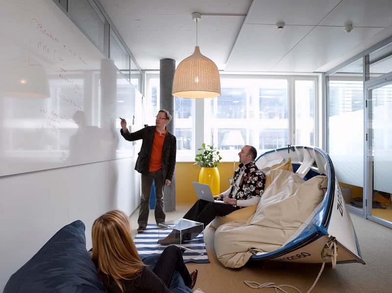 Офис Google в Цюрихе, Швейцария. Светлые тона