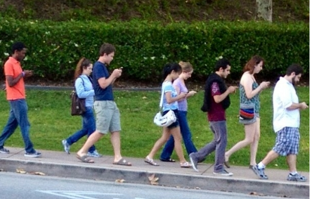 walking with cell phones